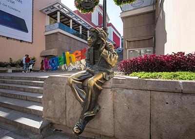 Статуята на Мильо в Пловдив