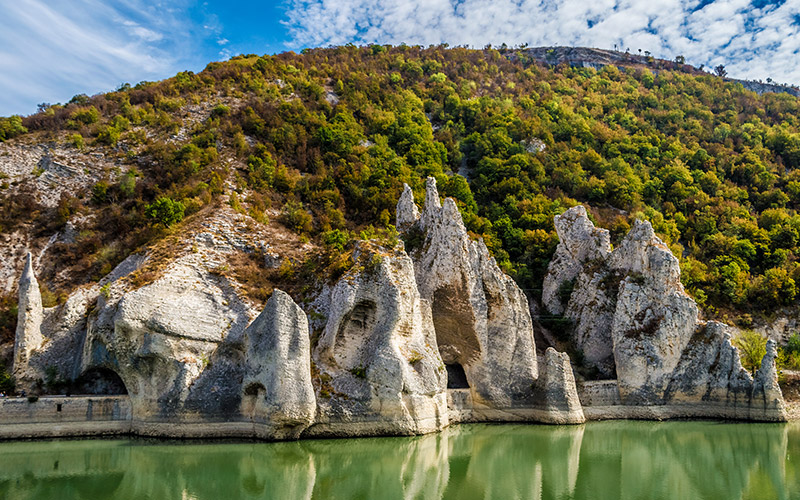 Chudnite skali, Bulgaria