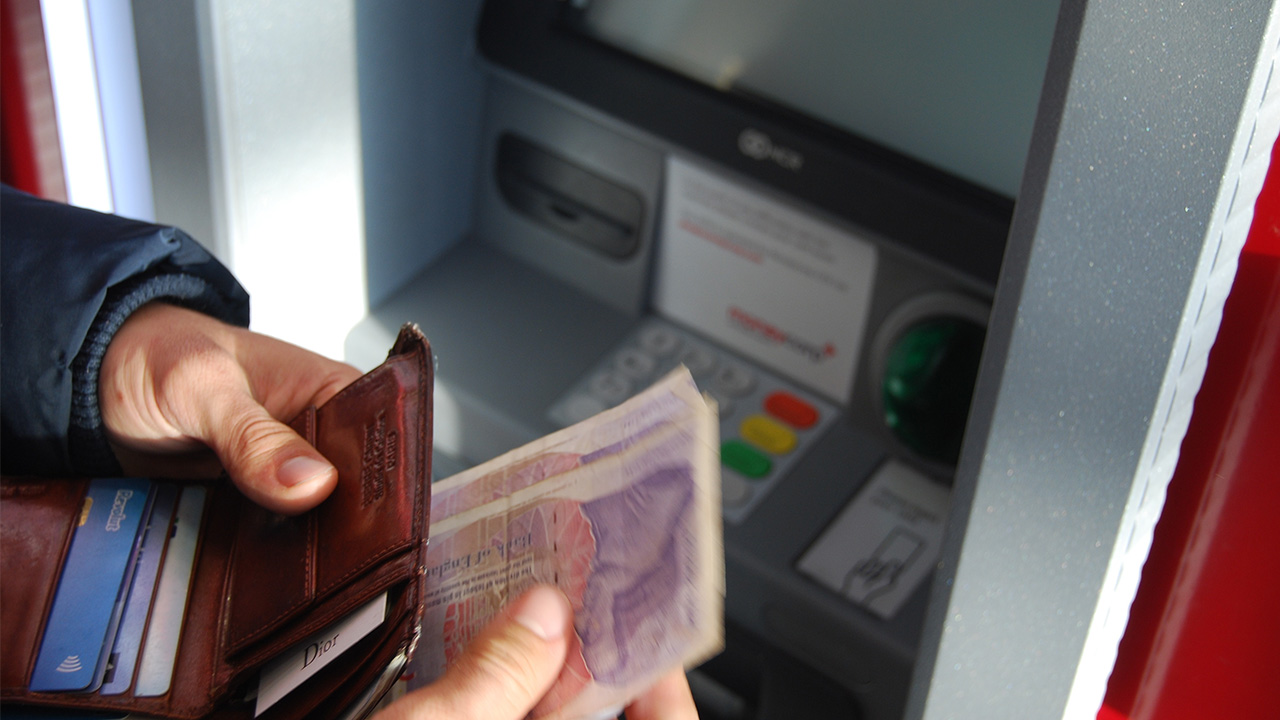 ATMs in Bulgaria: Credit cards and fees