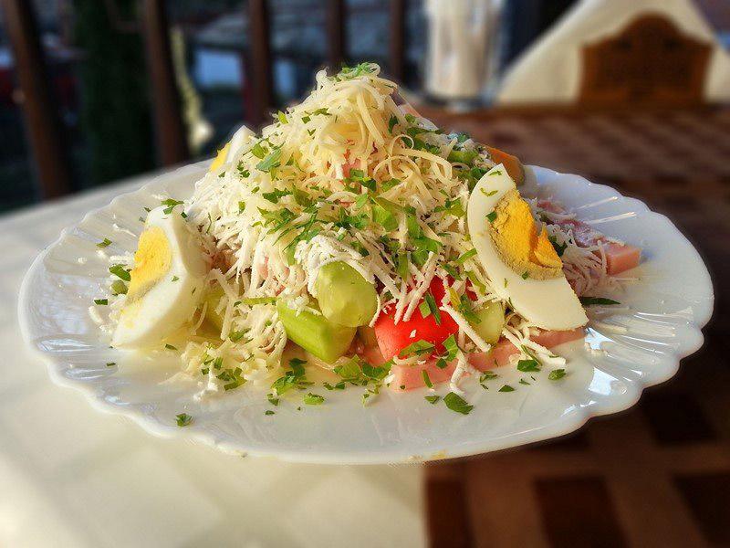 Ovcharska salata
