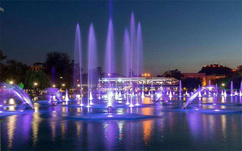Morado and Singing Fountains